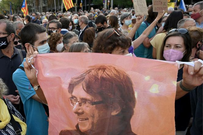 Carles Puigdemont's arrest jeopardizes dialogue between Madrid and Barcelona
